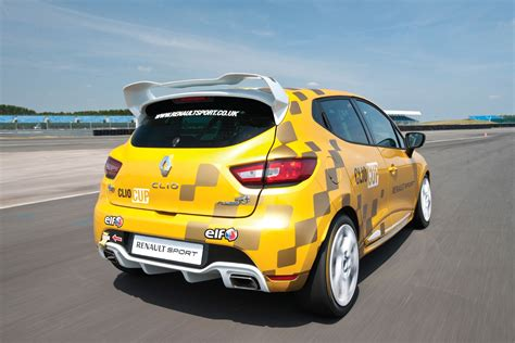 renault race cars renault launches 220hp clio cup race car lautoshow cars