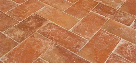 pavimenti cristiani cristiani pavimenti rivestimenti in cotto low cost cose