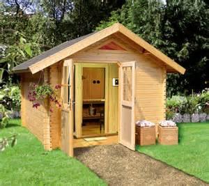 gartenhaus mit sauna und dusche nutzen sie ihren garten f 252 r eine sauna ein gartenhaus