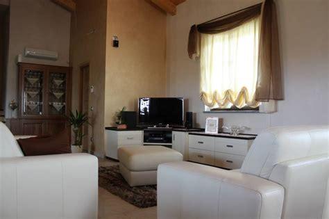 mobile angolo tv mobile tv angolo idee di design per la casa rustify us