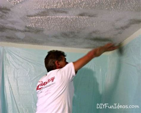 Remove Popcorn Ceiling Diy by 25 Best Ideas About Remove Popcorn Ceiling On