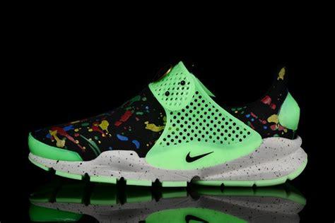 Nike Shock Dart Premium Unisex nike chaussures sp 233 cial tennis pour femme 6 us nike