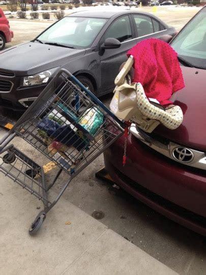 shopping cart seat s warning on putting car seats in the shopping cart