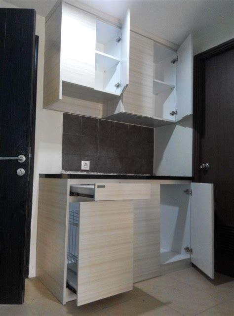 desain lemari dapur kecil 10 model kitchen set untuk dapur kecil dapurminimalisku