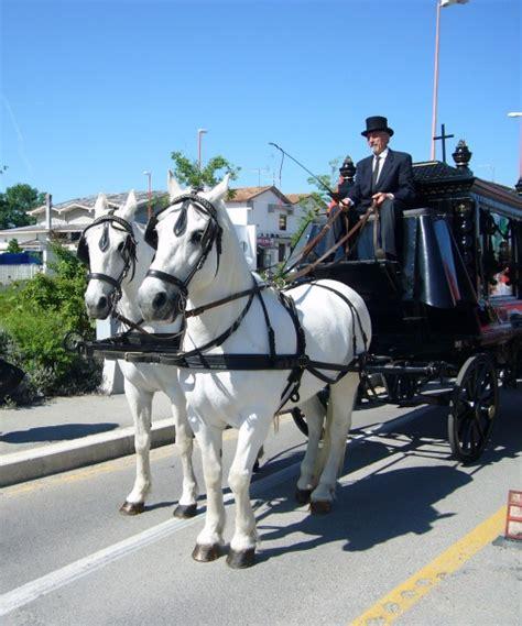 carrozza funebre carrozze cavalli 187 una cerimonia funebre in carrozza