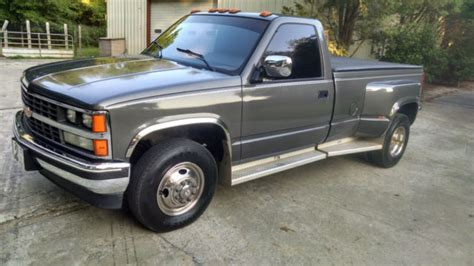 how things work cars 1992 chevrolet 3500 interior lighting 1989 chevrolet 3500 dually reg cab 350cu in turbo 400 cold a c 8ft bed p w for sale in