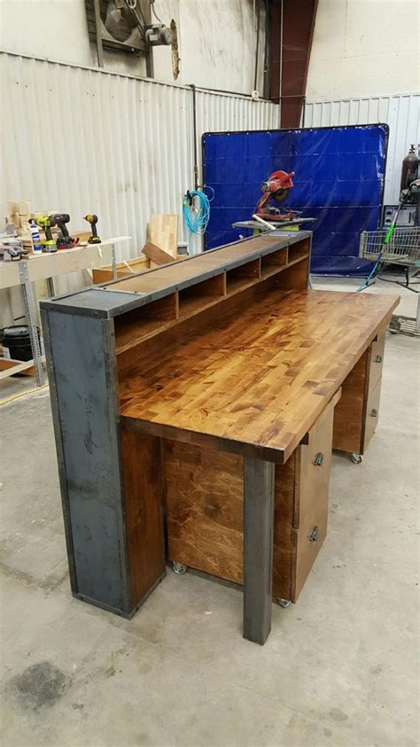 Industrial Reception Desk 529 Best Images About Pallet Desk On Reception Desks Desks And Desk With Drawers
