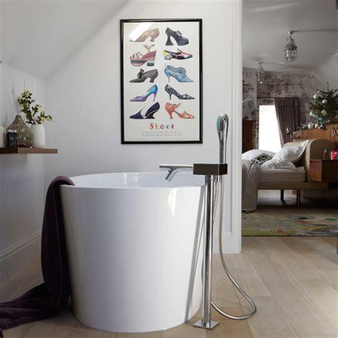 white modern en suite bathroom modern decorating ideas