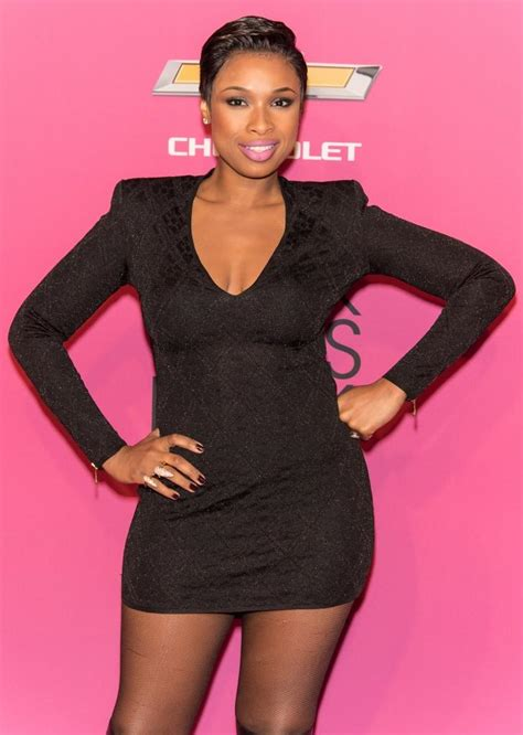 jennifer hudson debuts new haircut daily dish