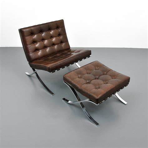 barcelona chair ottoman mies van der rohe quot barcelona quot chair and ottoman knoll
