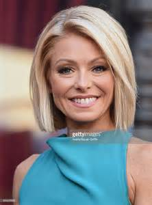 ripa s current hairstyle kelly ripa honored with star on the hollywood walk of fame