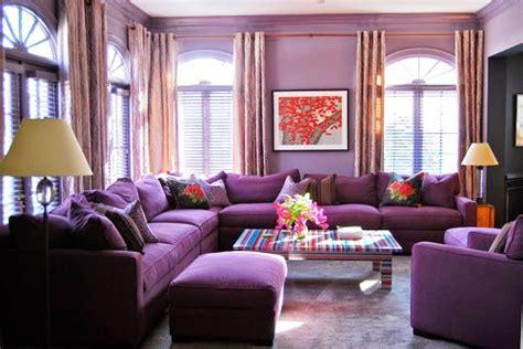 desain interior ruang tamu nuansa ungu 28 contoh desain ruang tamu modern dengan warna ungu