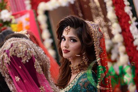 bridal hairstyles in pakistan beautiful pakistani wedding bridal dresses makeup and