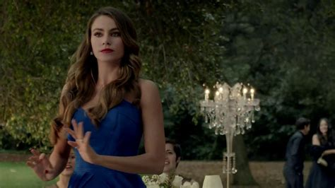 commercial woman hits snowman diet pepsi tv commercial toast featuring sofia vergara