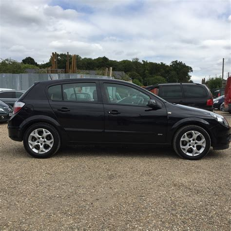 vauxhall black for sale vauxhall astra 1 7 cdti sxi diesel black