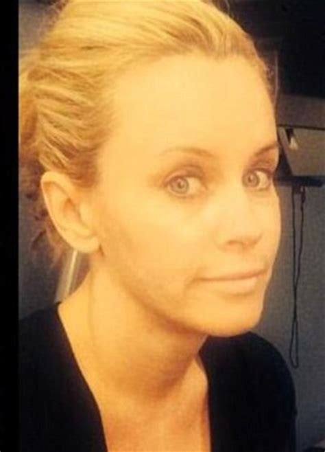 what color are jenny mccarthys eyes jenny mccarthy without makeup pictures celeb without makeup