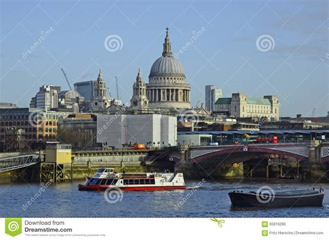 thames river boats blackfriars uk gb london editorial image image 65916280
