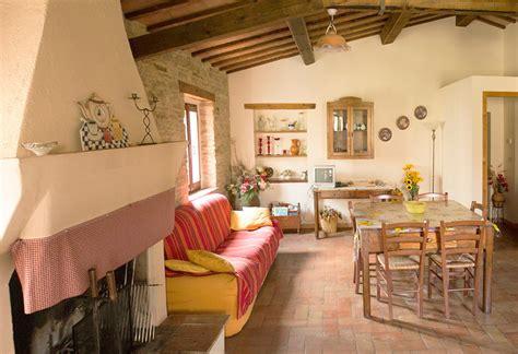 Sala E Cucina Unico Ambiente by Ambiente Unico Cucina Soggiorno Con Camino Mattsole