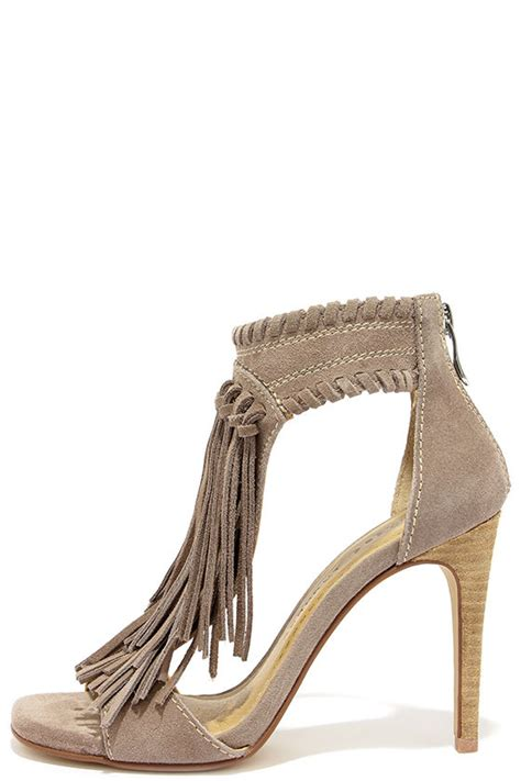 Sendal Wedges Stileto High Heels Wanita Bahan Suede Best Seller suede heels fringe sandals high heel sandals 99 00