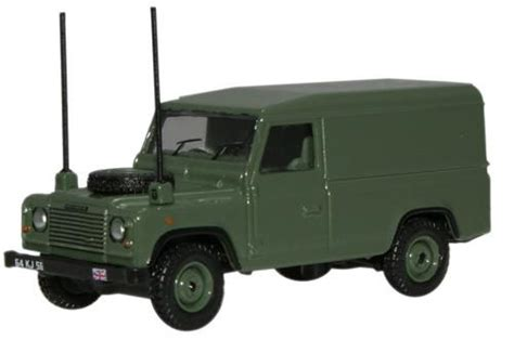 Oxford Land Rover Christmast 2010 oxford diecast land rover defender 1 76 scale