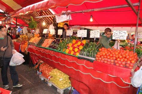 torino porta palazzo mercato mercato di porta palazzo bild mercato di porta