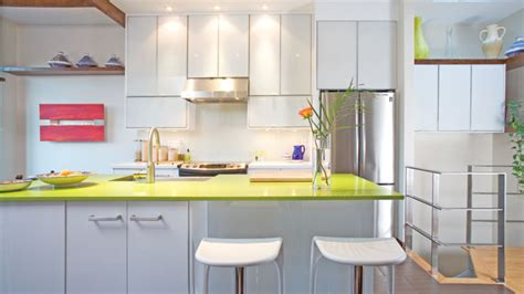 rev黎ement mural cuisine une cuisine moderne et exotique les id 233 es de ma maison
