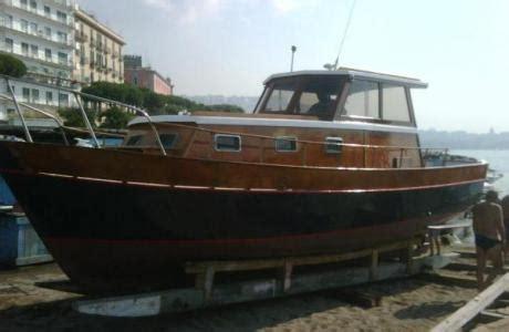 cabinato usato gozzo cabinato in legno pi 249 barche