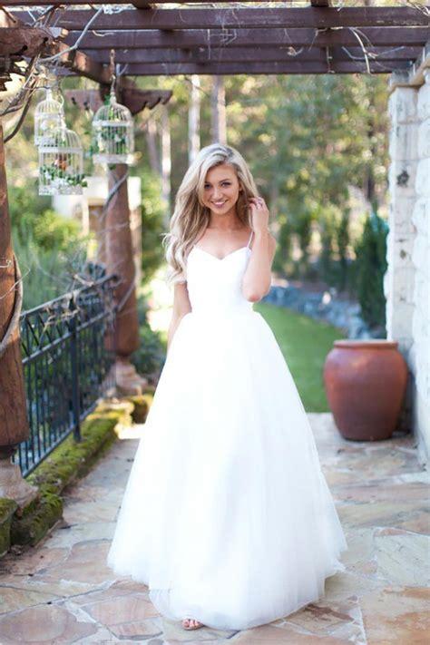 spaghetti strap tulle summer wedding dress  arrival