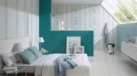 table de tapisserie d 233 co papier peint chambre adulte grande fen 234 tre plafond