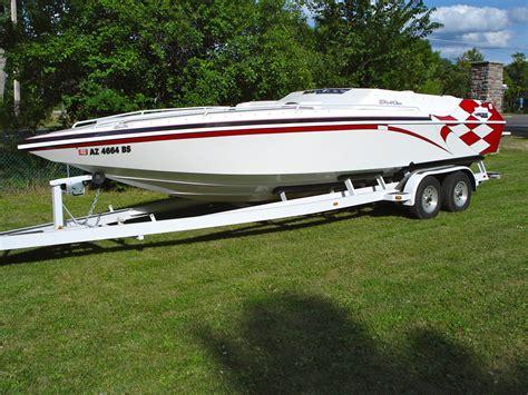 warlock boats for sale warlock 25 world class 24 mid cabin cigarette boat