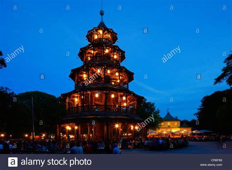Parken Englischer Garten München Chinesischer Turm by Chinesischer Turm Tower Garden Englischer Garten