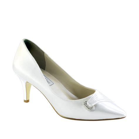 touch ups shoes touch ups chandra white 2 quot heel dyeable shoe store