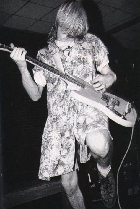 Kurt Got Stabbed by 1000 Ideas About Kurt Cobain Style On Kurt