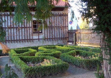 beet mit buchsbaum gestalten bauerngarten anlegen und gestalten ideen und tipps