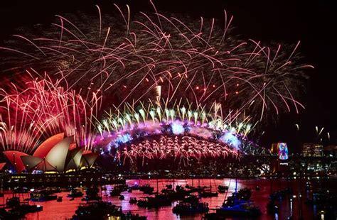 sydney brings    year happy  australia
