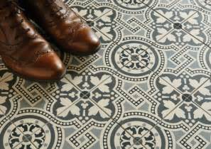 Kitchen Designer Edinburgh carrelage original couloir et carreaux de ciment
