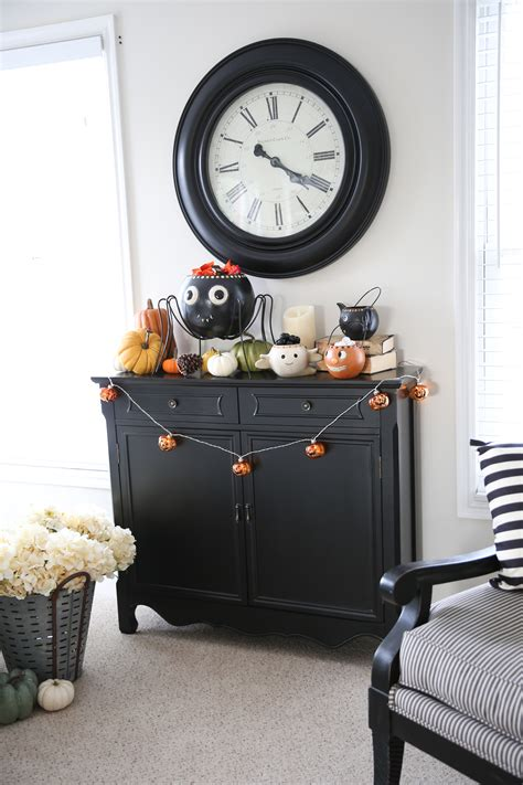 home decor halloween halloween home decorating tour and a giveaway the idea room