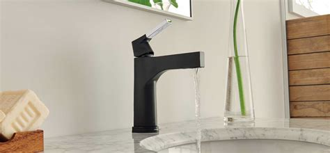 Black Kitchen Faucet by Delta Faucet Bathroom Amp Kitchen Faucets Showers
