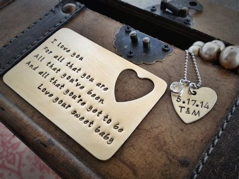 12 DIY Romantic Anniversary Gift Ideas for Your Husband