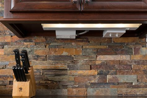Stone Veneer Kitchen Backsplash by Love The Stone Backsplash Is This Real Stone Or Veneer