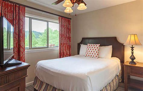 tony montana bedroom tony montana bedroom bed standard villa bedroom veja as