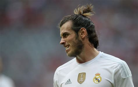 bale at real amdrid photos with long hair gareth bale wallpapers pictures images