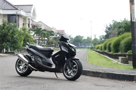 Modifikasi Motor Matic Lowrider by Modifikasi Motor Matic Mio Soul Modif Low Rider