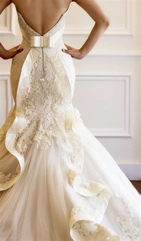 stunning lace wedding gown ribbon bow back low back