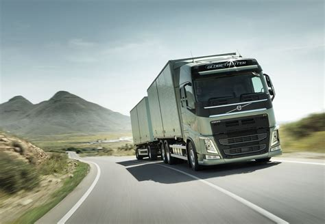 Volvo Turck Volvo Trucks Launches Positioning Service For Time