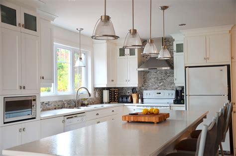 cuisine armoires blanches davaus cuisine blanche shaker avec des id 233 es