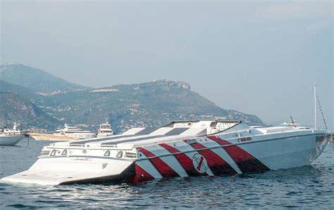cigarette boat st tropez james bond chase helicopter vs offshore