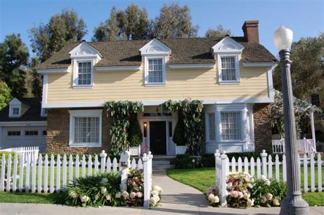 Colonial Edie S House Thestudiotour The Studiotour Universal Studios Backlot