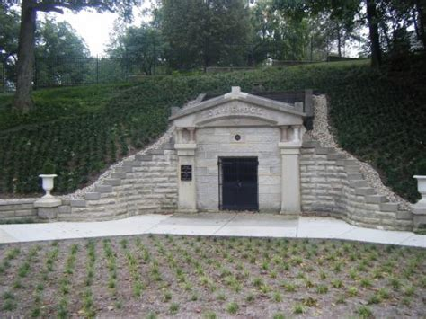 abe lincoln buried this is where abraham lincoln s was kept before being