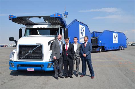 volvo trucks mexico volvo trucks m 233 xico entrega 60 unidades a su transporte t21